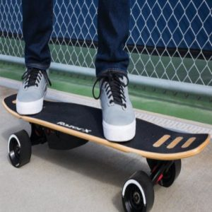 weight of 4-wheel electric skateboard