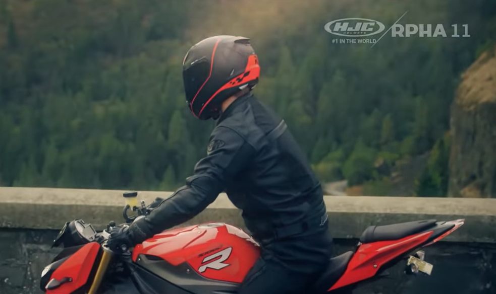The Coolest Motorcycle Helmet For A Motorcycle Rider