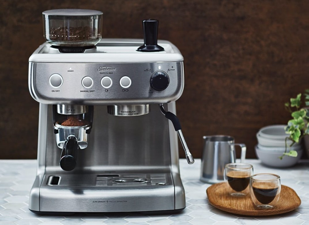 How Does Coffee Maker With Grinder Work